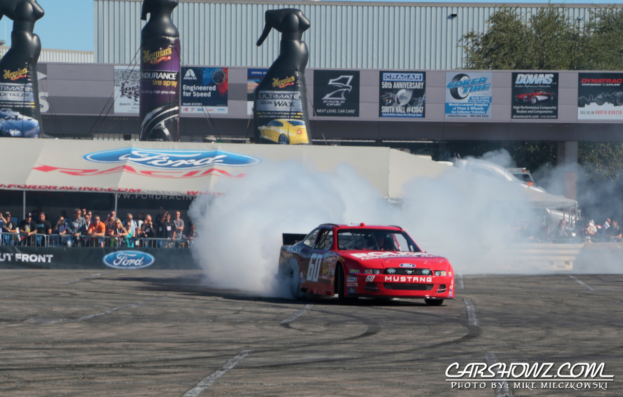 SEMA 2014 NASCAR Burnout on the skid pad